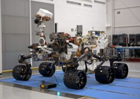 Mars_'Curiosity'_Rover,_Spacecraft_Assembly_Facility,_Pasadena,_California_(2011)