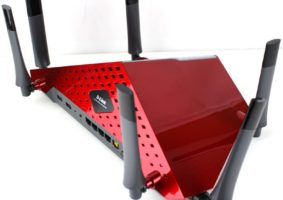 DLink_DIR-890L-Photo-rear-angle-800x680
